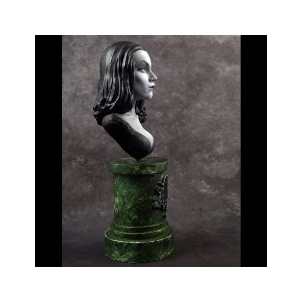 Vampira 1/7scale Bust kit【取り寄せ】|roswell-japan|03