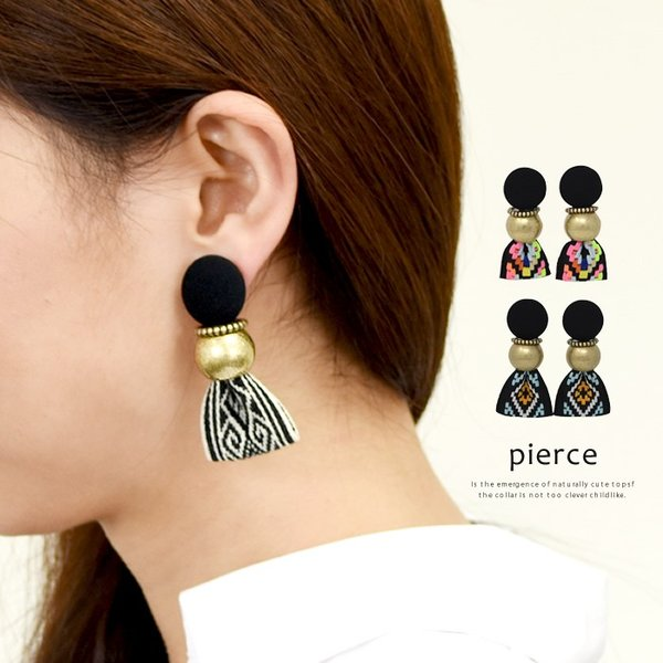 ピアス レディース ヴィンテージ風 リボン 大ぶり 刺繍 存在感 小顔効果 韓国アクセ カジュアル ブラック マルチ ブルー|rumsee