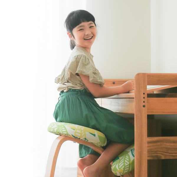 学習椅子 木製 学習チェア 姿勢 イス 姿勢が良くなる椅子 バランスチェア イージー rybohouse 02