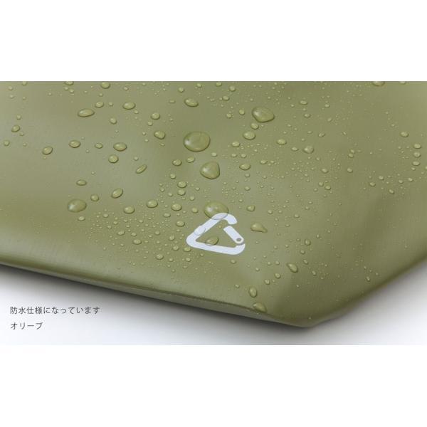 防水素材の、カラビナ付きレジャーバッグ camp tote キャンプトートMサイズ|safety-toilet|06