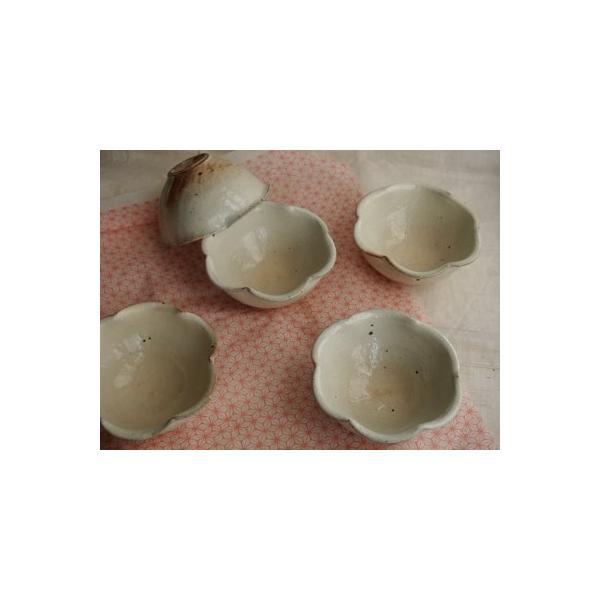 粉引き輪花ちび小鉢、信楽焼古谷製陶所