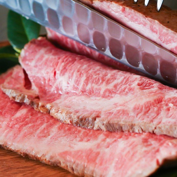 あすつく対応 ローストビーフ国産黒毛牛 ソース付きブロックで600g 贈り物にもぴったり!芳醇な香り引き立つ肉の芸術品|saku2|02