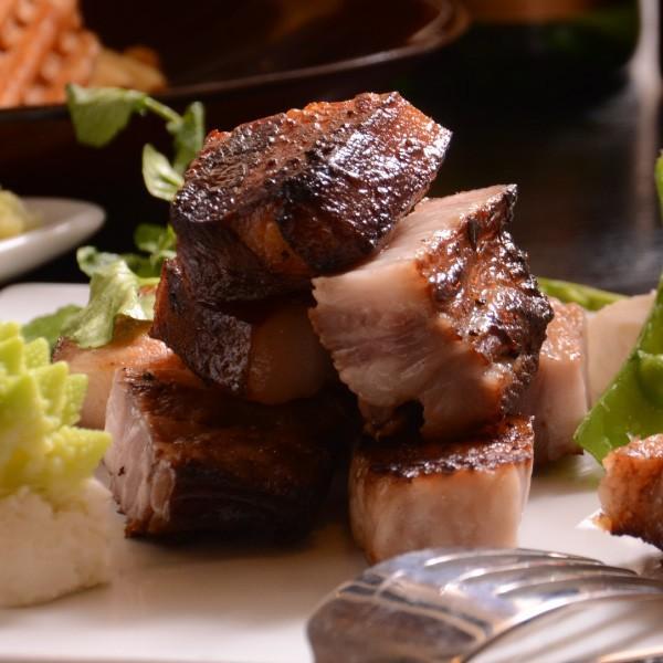 送料無料 贈答用 国産熟成牛サーロインステーキ・自家製スモークベーコン・ローストビーフが入った贈答用セット|saku2|03