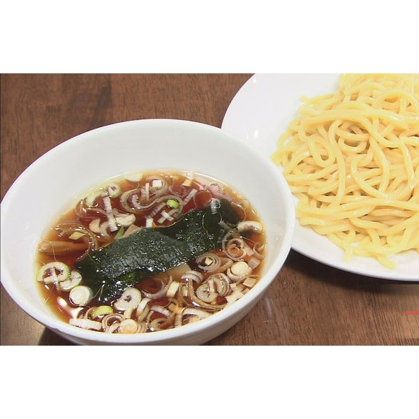 つけ麺 山梨「中華レストランさんぷく」の つけそば 大盛 3食入り ご当地ラーメン 太麺 さっぱりスープ 具付き 冷蔵生麺 生ラーメン お取り寄せ|sanpuku-honten|05