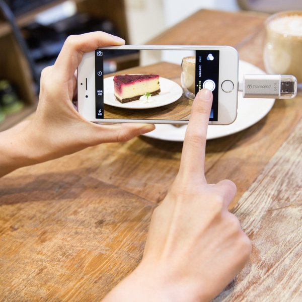 Lightning USBメモリ iPhone 64GB Transcend USB3.1対応 MFI認証 TS64GJDG300S 2年保証(即納)|sanwadirect|02