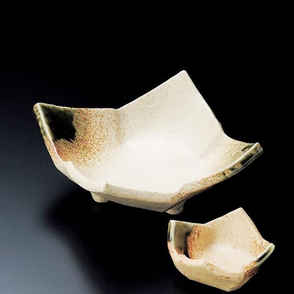 和食器 伊賀織部タタラ 三ッ足刺身鉢 15×15×7cm うつわ 陶器 おしゃれ おうち ※小鉢は別売りです