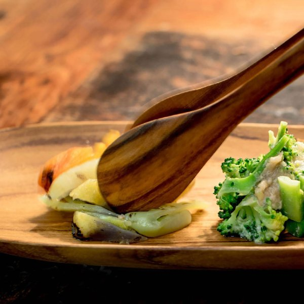 サラダなどに最適な大ぶりなシンプルなチーク製のトング/b2cチーク トングオーバル L|sarasa-designstore