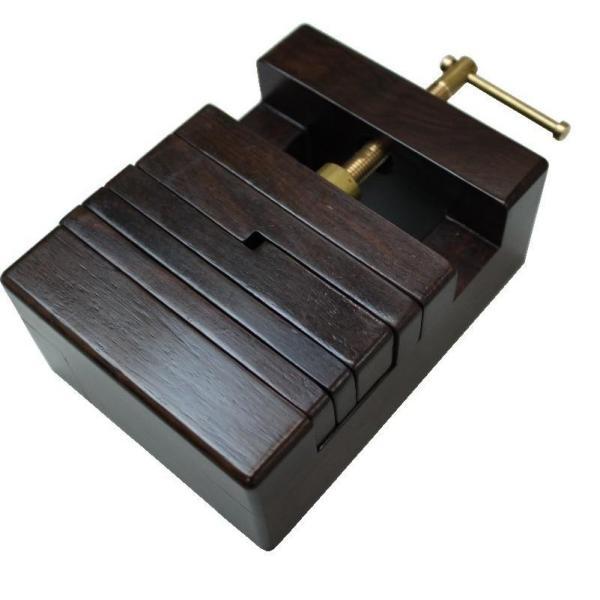 印床 黒檀製ネジ式 大・HD51 手芸・クラフト・生地 印材を固定できて初心者には便利!