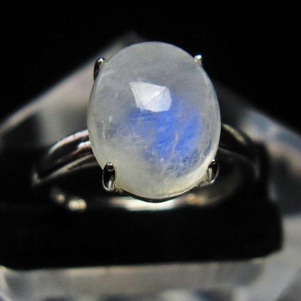 ムーンストーン 指輪  t135-5730