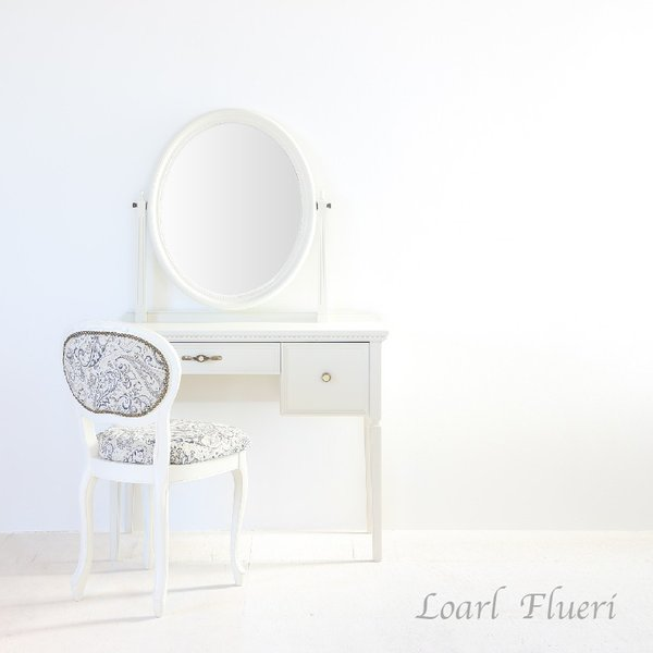 <title>人気上昇中 ドレッサー 一面鏡 ロワールフルリー 豪華な椅子付き パールホワイト色 送料無料</title>