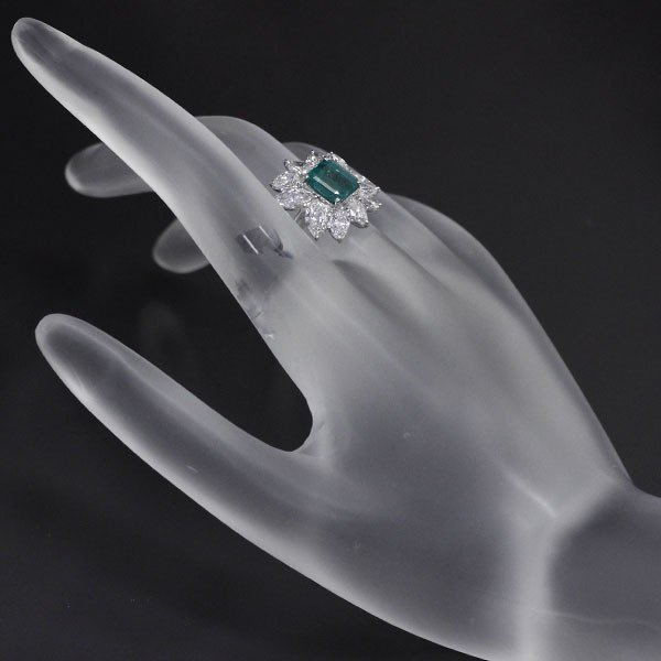 Pt950 エメラルドリング E1.78ct D2.47 #9.5 《SELBY Ginza Boutique》 【S 新品同様磨き】 【中古】