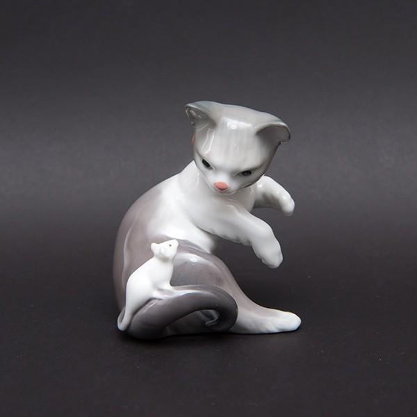 リヤドロ フィギュリン 『Cat and mouse(ネコとネズミ)』 selectors 03