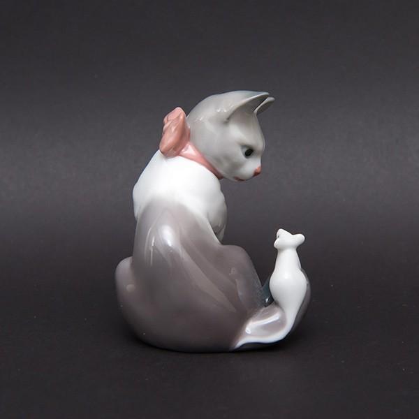 リヤドロ フィギュリン 『Cat and mouse(ネコとネズミ)』 selectors 04