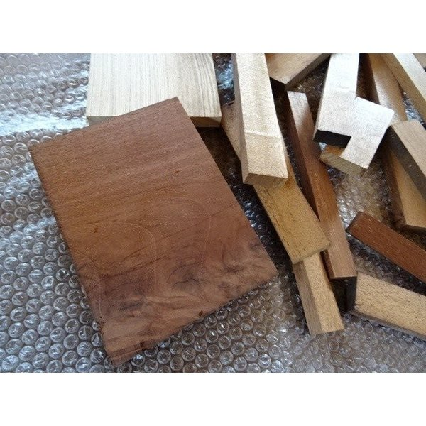 木の端材 お楽しみ 高級無垢材いろいろ 雑貨作りにいかが? 送料込|setoshikkui-no1|05