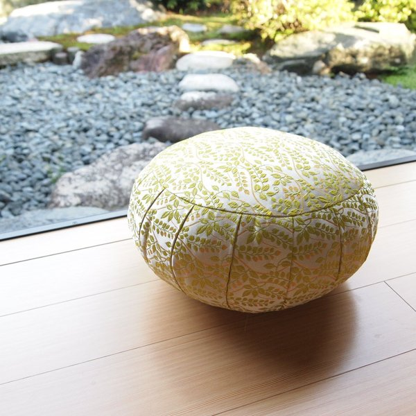 33cm幅 ボタニカル緑 座禅 ヨガに最適 座布団 瞑想 座禅 yoga クッション 送料無料の日本製