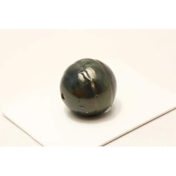 タヒチ黒蝶真珠パールルース 両穴 14mm ブラックカラー