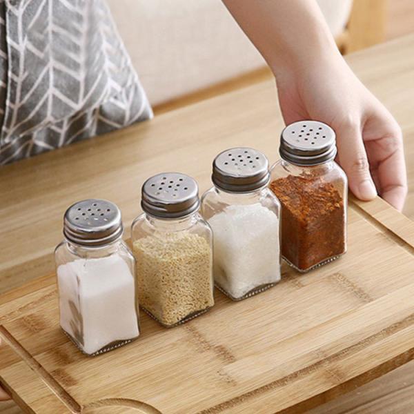 調味料入れ 調味料容器 ストッカー 収納ケース キッチン収納 5点セット シンプル 保存容器 スパイスボトル 塩 胡椒 香辛料 砂糖 醤油