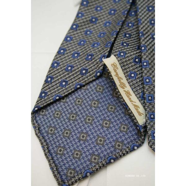 セッテピエゲ(七つ折り)ALBENIアルベニの小紋(グレー)のネクタイ|shop-kinkodo|07