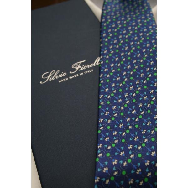 シルビオ・フィオレッロ【Silvio Fiorello】ネイビーベースに幾何学模様風の花柄(ブルー×グリーン) shop-kinkodo 05