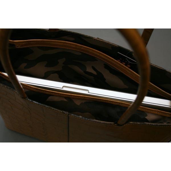 牛革クロコダイル型押しトートバック A4パソコン収納可能、自立型、裏地迷彩柄 日本製(ライトブラン)|shop-kinkodo|13