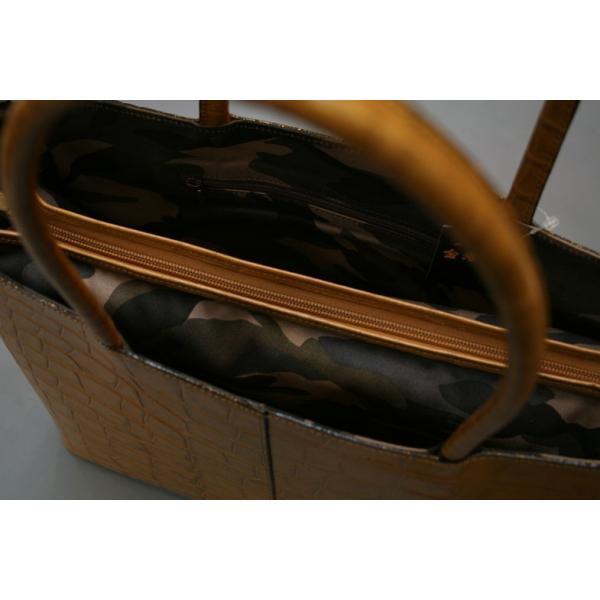 牛革クロコダイル型押しトートバック A4パソコン収納可能、自立型、裏地迷彩柄 日本製(ライトブラン)|shop-kinkodo|14