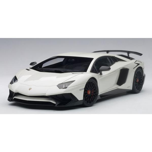 AUTOart ☆ 1/18 ランボルギーニ アヴェンタドール LP750-4 SV (パール・ホワイト)74555|shoptakumi