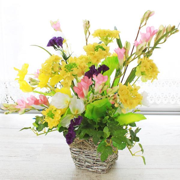 造花 菜の花とスイートピーのバスケットアレンジ フリージア 菜の花 シルクフラワー CT触媒