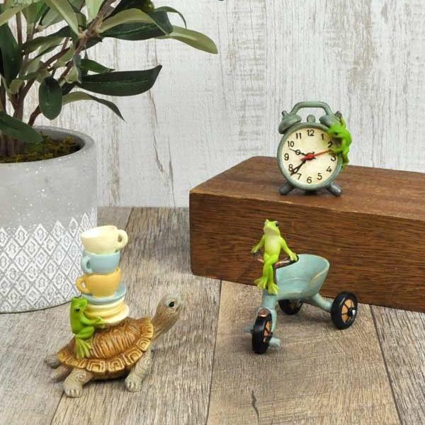 レジン製カエルのミニオブジェ(置時計)|sshana|07