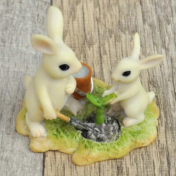 レジン製ウサギのミニオブジェ(植木) sshana 02