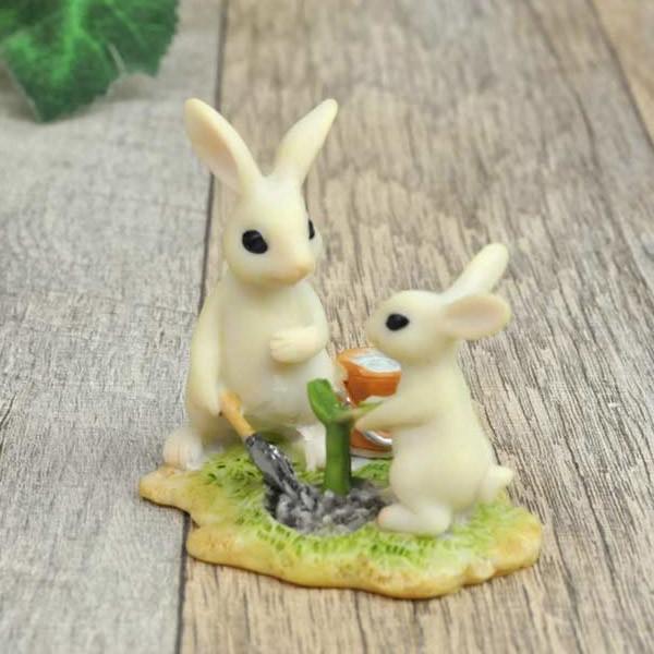 レジン製ウサギのミニオブジェ(植木) sshana 03