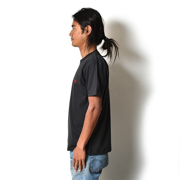 VOLN / CREW NECK T-SHIRT / RED FIN / SUMI BLACK|standardstore|03