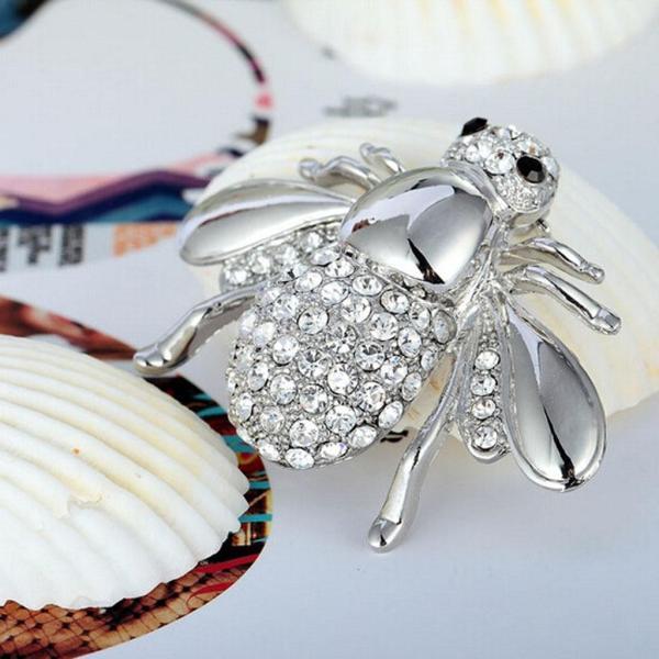 ノーブランド品 結婚式 女性 素敵 ミツ バチ ラインストーン ファッション ブローチピン 飾り アクセサリー