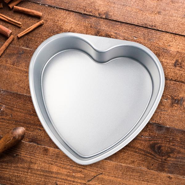 ハート型の厚みのあるアルミニウム合金チョコレートケーキパンDIYベーキングモールドツール7インチ