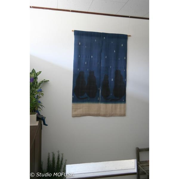 暖簾 のれん N-8126 雨ネコ  墨染 藍染 半間 本麻 90cmx130cm|studio-mofusa|02