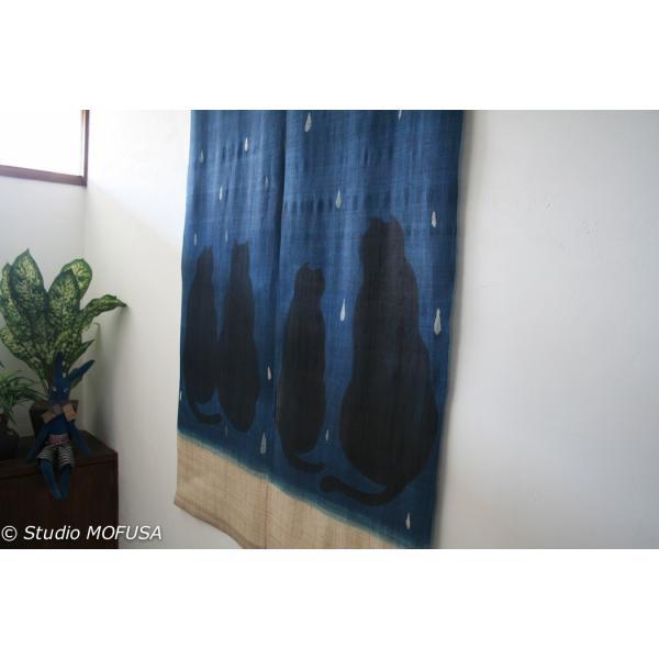 暖簾 のれん N-8126 雨ネコ  墨染 藍染 半間 本麻 90cmx130cm|studio-mofusa|03