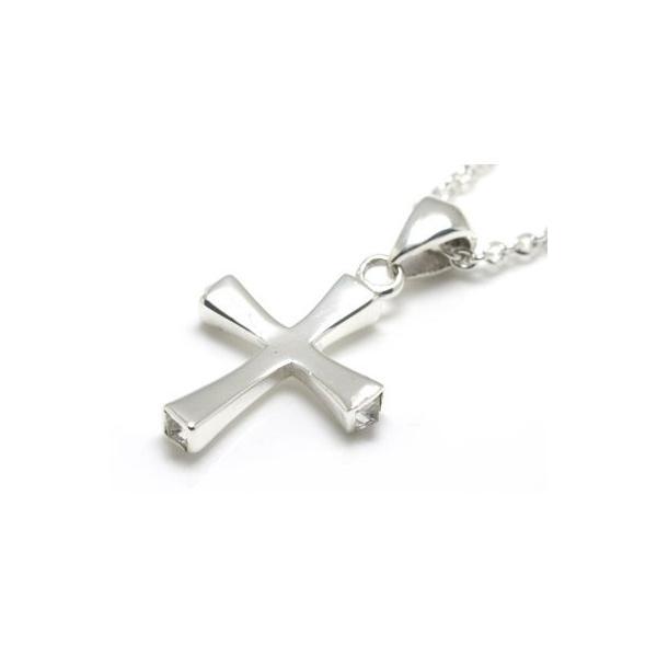 送料無料 シルバーアクセサリー 純銀 シルバー925 クロス 十字架 ネックレス ペンダント ペンダントトップのみ 誕生日 プレゼント ギフト 贈り物 ギフトBOX付