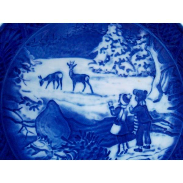 ロイヤルコペンハーゲン Royal Copenhagen イヤープレート Winter in the forest 2002年版 / 平成14年 箱、説明書付 swan-antiques 03