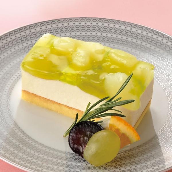 冷凍食品 業務用 フリーカットケーキ 洋梨とぶどう 515g (カットなし) 17225 洋梨ムース ケーキ デザート フルーツ 洋ナシ ブドウ 葡萄