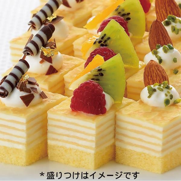 冷凍食品 業務用 ミニカットケーキミルクレープ (48個入) 18889 カット済 バイキング パーティ ケーキ 洋菓子 デザート フルーツ