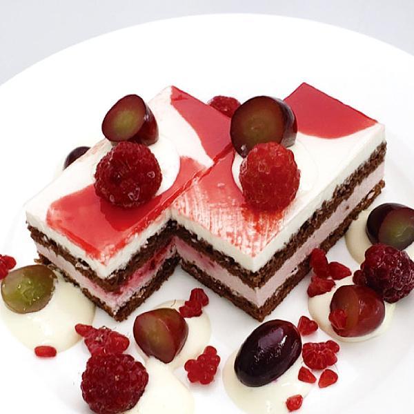 冷凍食品 業務用 ミックスベリーブラン 420g (カットなし) 21966 ストロベリー フランボアムース デザート