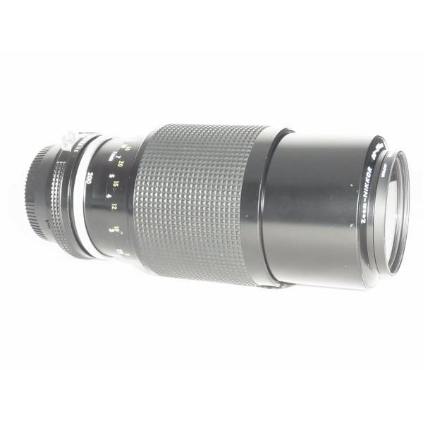 NIKON Zom-NIKKOR 80-200mm 1:4.5