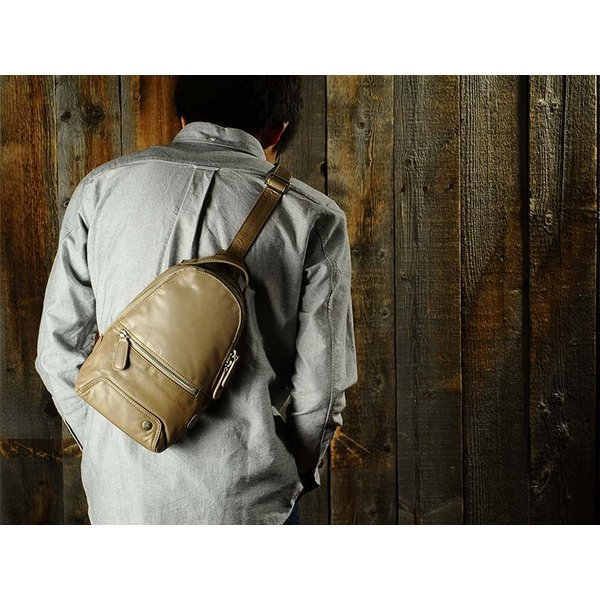 青木鞄 ソフト牛革ボディバッグ via メンズ 本革 la GALLERIA No.2053|t-style|06