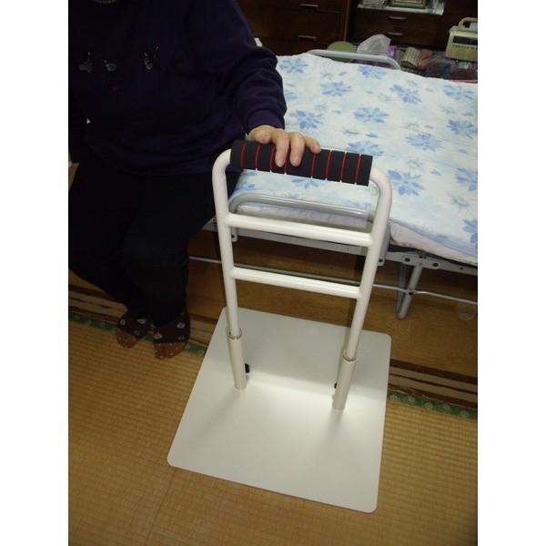 立つ之助 愛 立ち上がり補助手すり 介護 ベッドなど高さ3段階調整 倒れない安心感 スチール素材 オフホワイト 日本製 |takei-co|03
