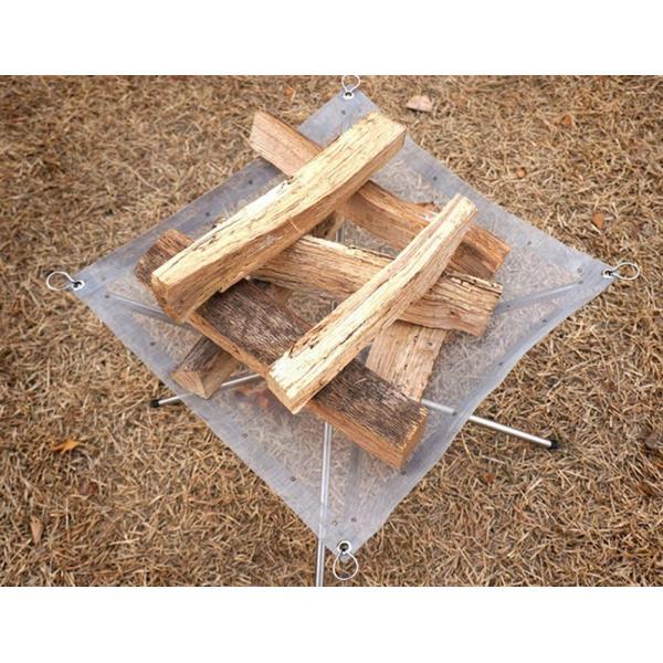 焚火 焚き火台 ファイアスタンド 簡単組み立て 軽量 コンパクト 折りたたみ メッシュシート 薪をきれいに燃やせる アウトドア ソロキャンプにも takuta2 04