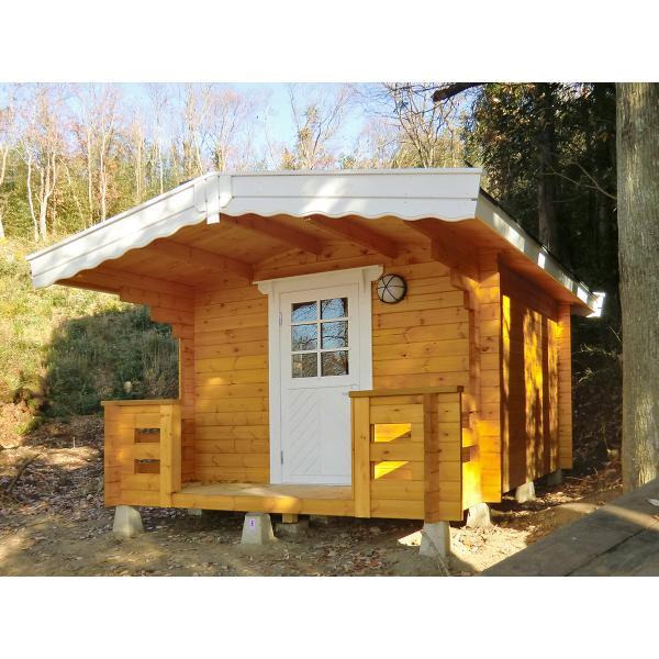 ●コスカA(ログ厚50mm)大屋根とベランダ付の3坪タイプのログハウス、スチール・プレハブにはない木の魅力でDIYに最適な格安ミニログハウスキット|tanoclife