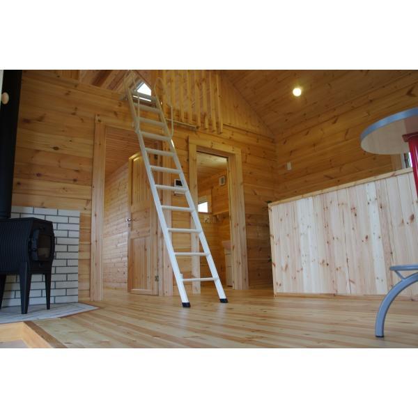 ●ペルト(ログ厚75mm)屋根の掛かった大きなベランダ付、住宅・別荘や離れに最適の約11坪タイプのミニログハウスキット|tanoclife|06