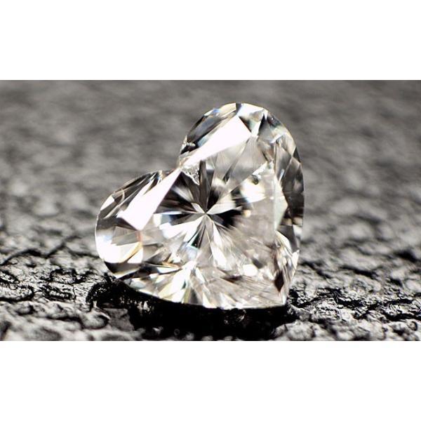 ダイヤモンド ルース 0.075ct 小さな小さなハートシェイプのダイヤです。