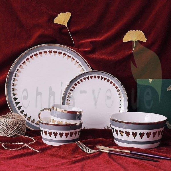 プレート お皿 来客用  プレゼント ギフト お祝い ハート ロゴ ボウル 大皿 小皿 マグカップ ホワイト ゴールド グレー ホームパーティー 上品