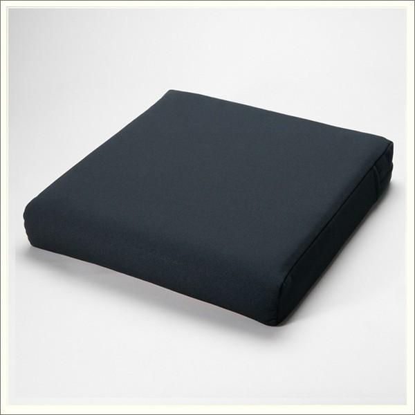 車椅子用クッション セラピークッション(厚7cmタイプ) 国産の最高品質ウレタンを高密度に使用した低反発クッション 縫製まで全て日本製 送料無料 therapy-shop