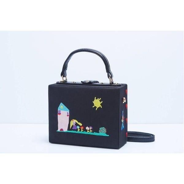 代引不可/パーティーバッグにも使える刺繍で描いたボックス型のハンドバッグ/ガール/代引不可